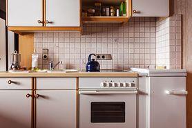 Zrób zdjęcie kuchenki przed wyjazdem na urlop. Prosty trik