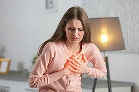 Ciało wysyła znaki na miesiąc przed atakiem serca. Naucz się je czytać