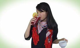 Jak jedzenie wpływa na nasz nastrój? (WIDEO)