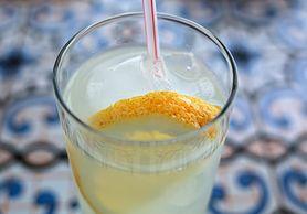 Sok z cytryny - właściwości zdrowotne, zawartość witamin, szkodliwość