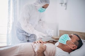 Koronawirus. Jak długo zajmuje chorym powrót do normalnego funkcjonowania?