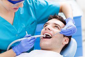 Co oznacza ból zębów? Poznaj domowe sposoby na ból zęba