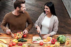 Wspólne gotowanie ma wpływ na seks (WIDEO)