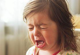 Śluz w kupce niemowlaka - co może oznaczać?