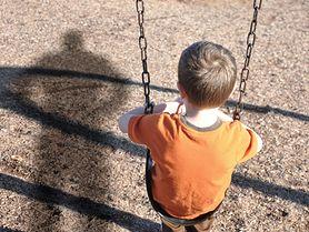 Nie rozmawiaj z obcymi, czyli jak mówić dzieciom o zagrożeniach