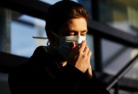 Dym z pożaru może zwiększać ryzyko infekcji COVID-19