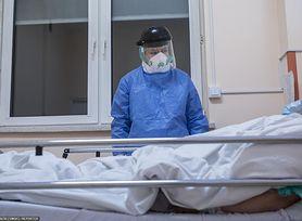 Koronawirus w Polsce. Drugiego lockdownu nie będzie? Prof. Flisiak: Chorujemy inaczej niż na początku epidemii