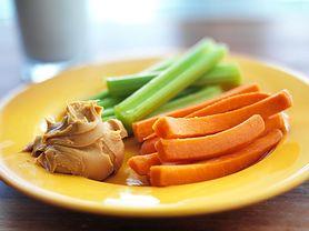 Nowe zalecenia żywieniowe dotyczące jedzenia fistaszków