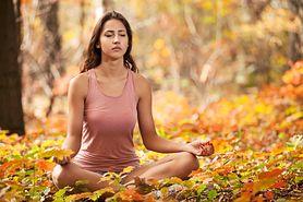 Jesienią ćwicz jogę!