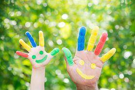 Garaże samochodowe dla dzieci – 100 pomysłów na zabawę!