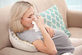 Kaszel w ciąży. Jak go leczyć?