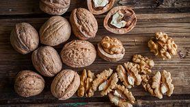Orzechy włoskie w profilaktyce cukrzycy. Sprawdź, ile należy ich jeść (WIDEO)