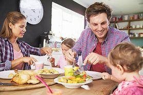 Dieta rocznego dziecka - żywienie, posiłki, przykładowy jadłospis
