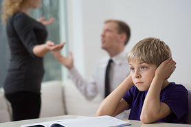 Jak przeprowadzić dziecko przez rozwód rodziców (WIDEO)