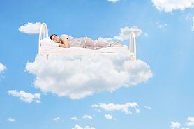 Eksperci tłumaczą, dlaczego powinieneś spać nago