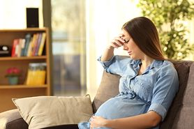 Ból głowy w ciąży. Dlaczego się pojawia i jak sobie z nim poradzić?