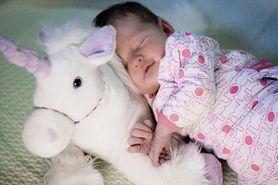 Odpowiednio dobrane zabawki mogą mieć wpływ na rozwój maluszka