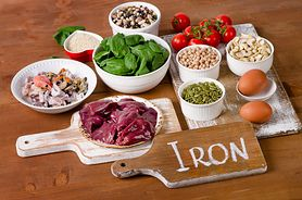 Skutki niedoboru żelaza - anemia, problemy skórne i choroby układu pokarmowego