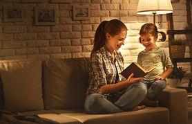 Bajkoterapia – charakterystyka, pozytywny wpływ na dzieci, jak czytać
