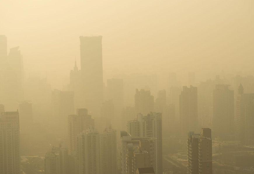 Niemal 9 mln osób każdego roku umiera na choroby serca, udar lub raka płuc, spowodowane zanieczyszczeniem powietrza