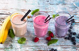 Koktajl owocowy – zalety spożywania, oczyszczanie, przepisy