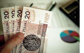 8 faktów o pieniądzach, o których powinna pamiętać każda kobieta