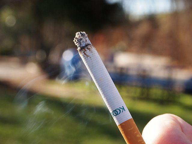 Zakazuj palenia w domu