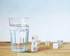 H2O + Mg =  wzór mądrej mamy