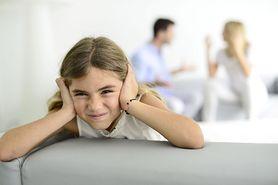Czego nie wolno mówić przy dziecku?