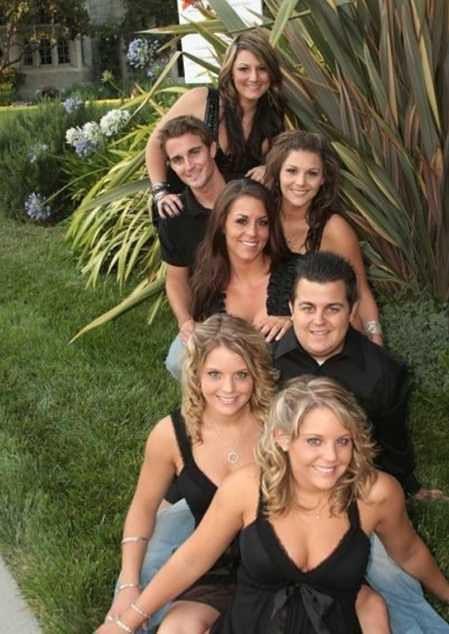 Bliźniaczki mają 5 starszego rodzeństwa