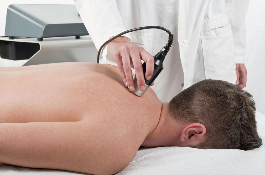 Laser działa leczniczo i przeciwbólowo