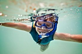 Snorkeling - zalety, sprzęt do snorkelingu, oddychanie w masce