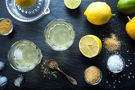 Woda z solą himalajską i cytryną. Oto, co się stanie w organizmie, gdy będziesz pić ją codziennie