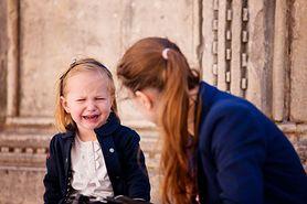 """""""Nie oceniaj mnie, gdy drę się na dziecko"""". Blogerka porusza ważny temat"""