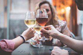 Naukowcy o szkodliwości alkoholu: Więcej, niż jeden drink dziennie może spowodować przedwczesną śmierć