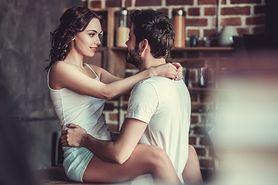Seks na stojąco. Sposób na poprawę kondycji (WIDEO)