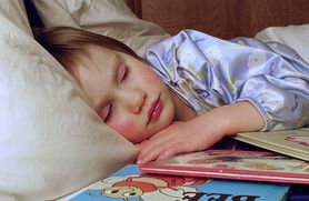 Czytanie dzieciom bajek