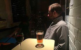 """Trzeźwy alkoholik. """"Nie piję od 10 lat, w portfelu nadal noszę list od żony"""""""