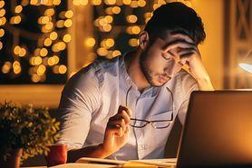 Co oznacza ból z tyłu głowy?