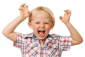 Dziecko psoci, przeszkadza, bije innych. Złe wychowanie, a może objaw ADHD?