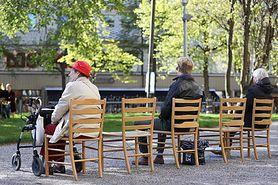 Koronawirus. Szwecja znowu zaskakuje. Zakażeń jest coraz więcej zakażeń, a rząd łagodzi obostrzenia