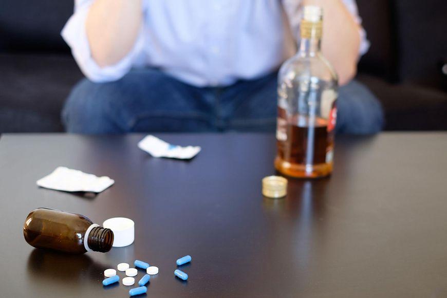 Leki wchodzące w interakcje z alkoholem [123rf.com]