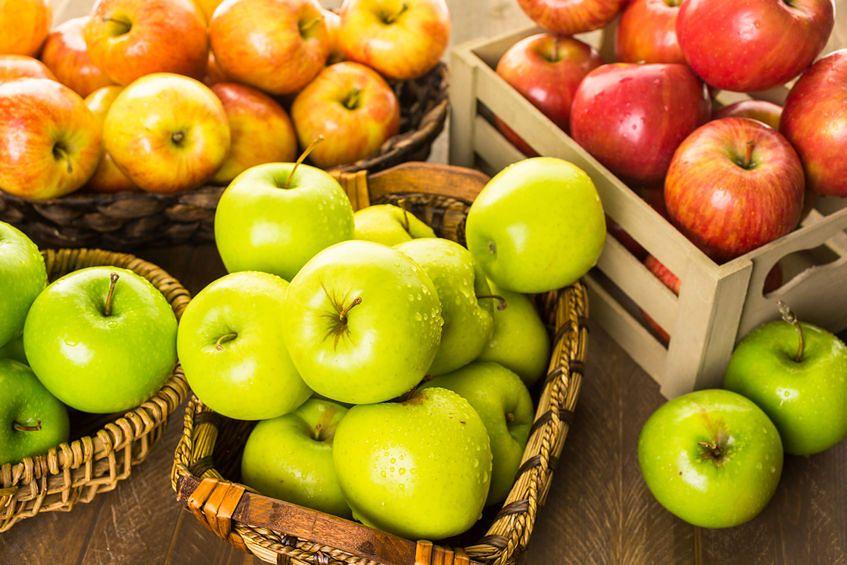 Jabłka - 9 mg witaminy C w 100 g produktu
