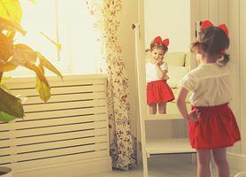 Dziecko w lustrze (recenzja)