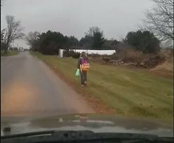 USA: Ojciec kazał córce iść do szkoły 8 kilometrów, a on za nią jechał i nagrywał. To kara za znęcanie się nad kolegami w szkole