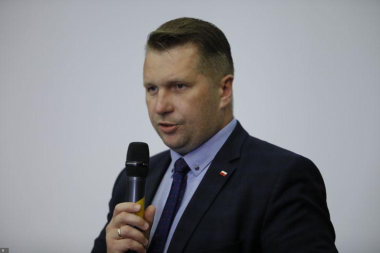 Minister Czarnek o zmianach w edukacji. Mówi o wojnie