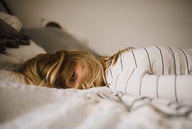 Kalkulator snu - jak działa? Ile snu potrzebujemy?