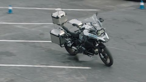 Autonomiczny motocykl BMW wzbudził ogromne zainteresowanie na targach CES