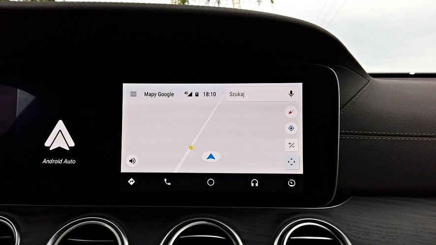 Android Auto w Mercedesie klasy E.