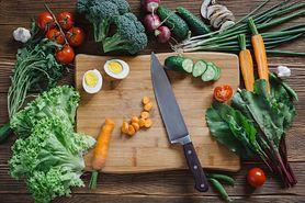 Czosnek chroni przed rakiem jelita, a 50 g mięsa dziennie zwiększa ryzyko nowotworu